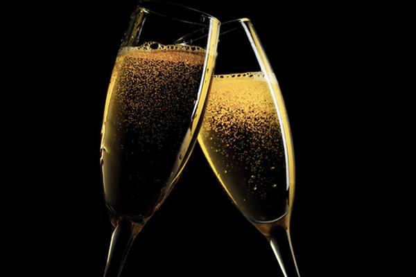 Champagne Weekend in June 2016